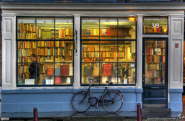 bookstoreamersterdam.jpg