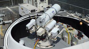 Navy_laser_shoots_drone..jpg